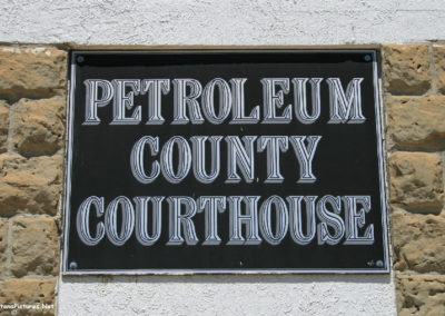62710 winnet noon 6963 courthouse sign_MontanaPictures_Net