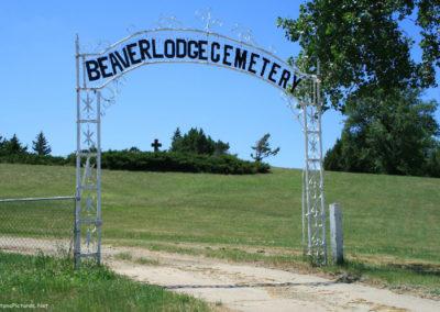 62907 ekalaka cemetery entry 2305_MontanaPictures_Net