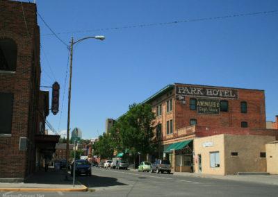 71008 liv bldg park 7251 hotel_MontanaPictures_Net