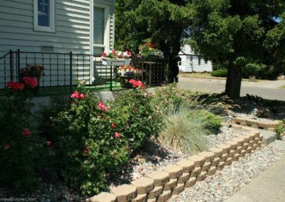 71008 liv house 7202 garden_MontanaPictures_Net