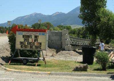 71008 liv repair bridge 7162 sign_MontanaPictures_Net