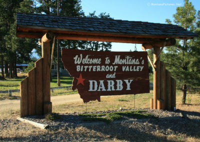71309 darby welcome 9897 sign_MontanaPictures_Net