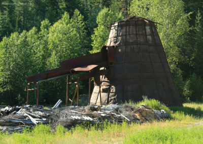 72110 troy yaak scrap lumber 6874_MontanaPictures_Net