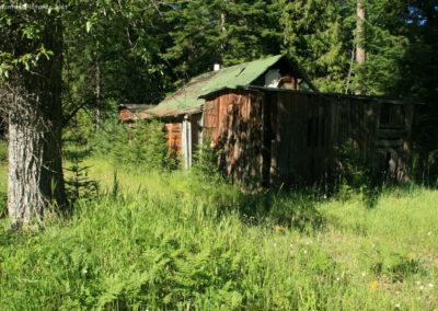 72110 troy yaak scrap lumber 6876 cabin_MontanaPictures_Net