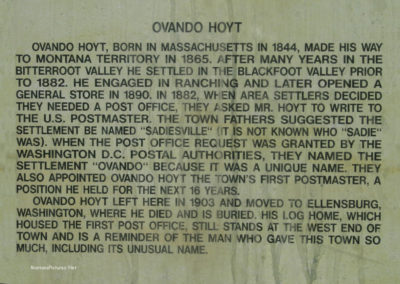 73011 ovando 1498 read town name sign_MontanaPictures_Net
