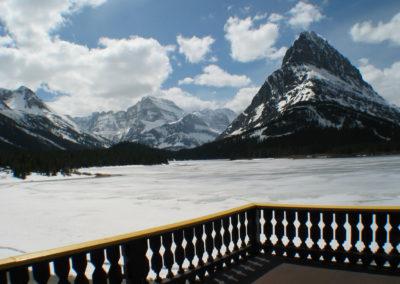41903 many glacier deck 0788_MontanaPictures_Net