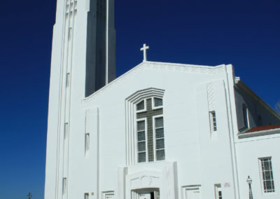 62108 Traf am white church vert 1290_MontanaPictures_Net