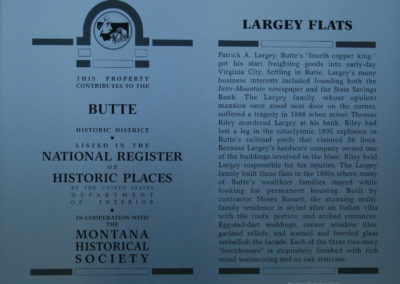 62108 Traf bldg 8059 largey flats sign_MontanaPictures_Net