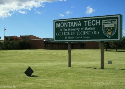 62708 tech flats school 6636_MontanaPictures_Net