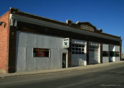 62808 Belmont garage 1110_MontanaPictures_Net