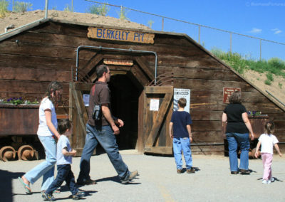62808 butte pit entrance visitors 0085_MontanaPictures_Net