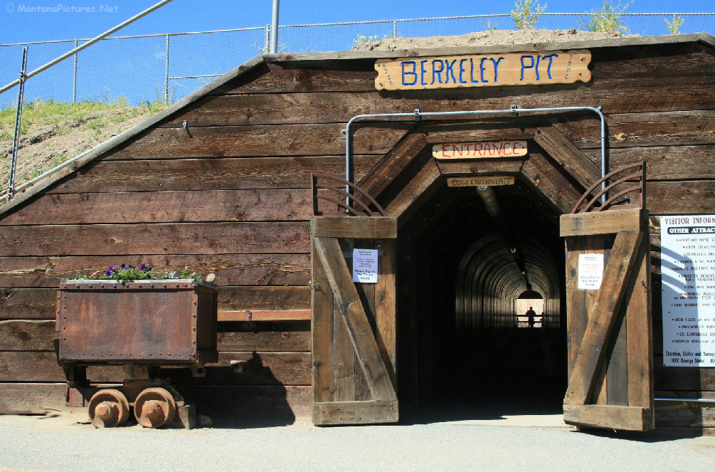 Butte, Montana Picture Tours - Berkeley Pit Area Tour