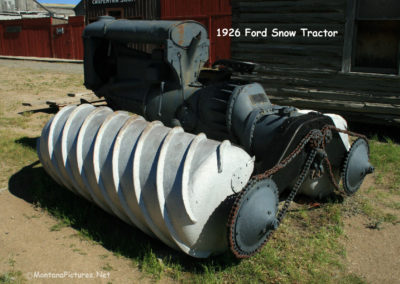 62808 museum wagon snow tractor 0231_MontanaPictures_Net