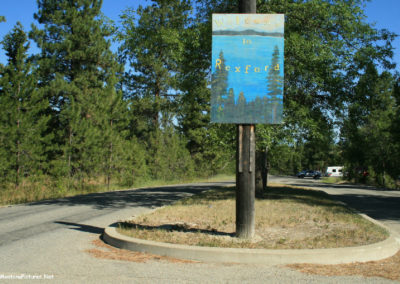 71908 rexford 6455 sign far_MontanaPictures_Net
