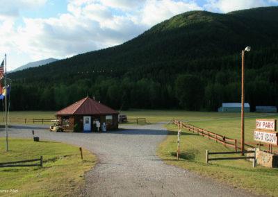 7208 Marais glacier meadow cg 1122_MontanaPictures_Net