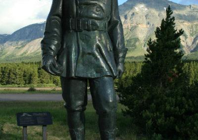 7208 Marais statue close 1186_MontanaPictures_Net