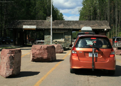72408 west glacier park gate 8418_MontanaPictures_Net