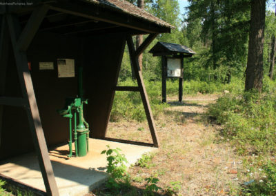72598 log pump 9574_MontanaPictures_Net