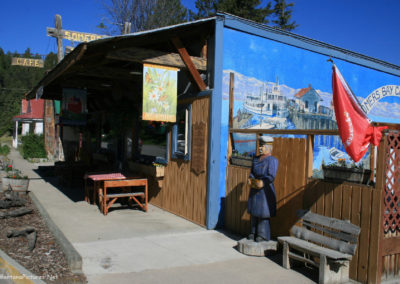 61412 somers cafe 3862_MontanaPictures_Net