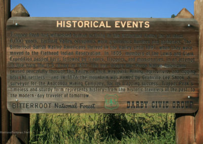 71308 darby trapper peak 9923 history sign_MontanaPictures_Net