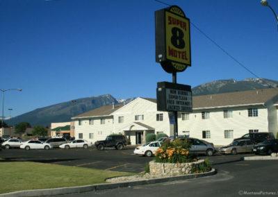 72108 hamilton super 8 motel 8659_MontanaPictures_Net