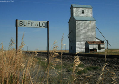 91708 jg buffalo elevator 5053 sign_MontanaPictures_Net