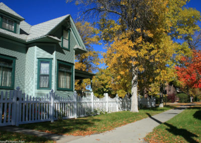 100807 gf central home picket fence 3932_MontanaPictures_Net