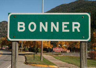 101517 bonner 0387 close sign_MontanaPictures_Net