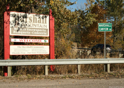 101517 bonner marshall 0530 sign_MontanaPictures_Net