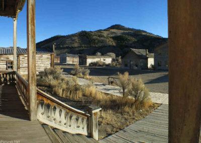 12305 bannack meade porch view_MontanaPictures_Net