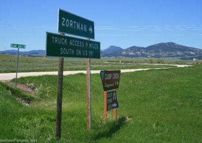 60311 zortman 2881 cutoff highway sign_MontanaPictures_Net