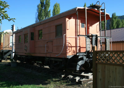 92510 alberton train 9748 caboose_MontanaPictures_Net