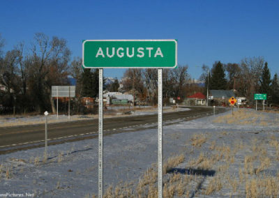 122609 augusta enter 2733 sign_MontanaPictures_Net