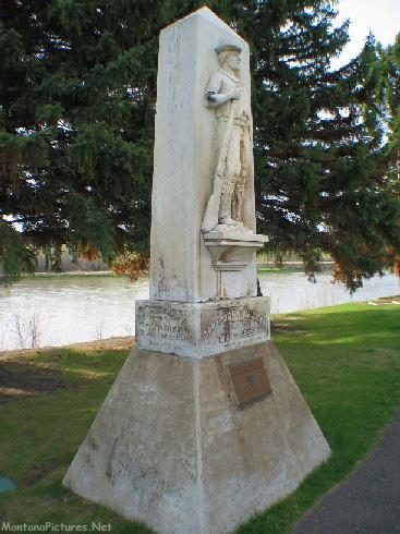 51505 ftb mullan road statue vert_MontanaPictures_Net