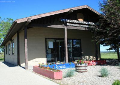 62610 grass range 6735 post office_MontanaPictures_Net