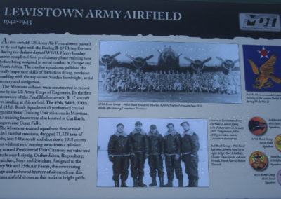 92504_101806 lewistown airfield sign_MontanaPictures_Net