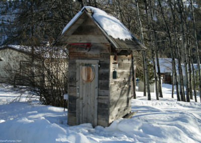 11710 mary bldg 4066 outhouse_MontanaPictures_Net