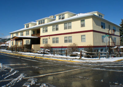 43011 helena april sixth 7421 aneleh apartment_MontanaPictures_Net