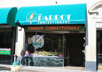 43011 helena mall 1762 parrot_MontanaPictures_Net