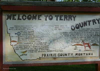52306 terry old welcome 0391 sign_MontanaPictures_Net