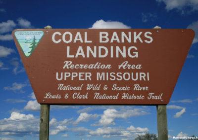60610_83010 virgelle coal bank 8220 sign_MontanaPictures_Net