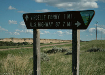 60610_83010 virgelle intersection 8421 sign_MontanaPictures_Net