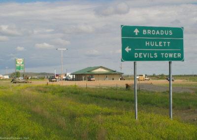 61804 alzada 212 highway 5594 sign_MontanaPictures_Net