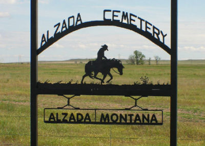 61804 alzada 5575 cemetery sign_MontanaPictures_Net