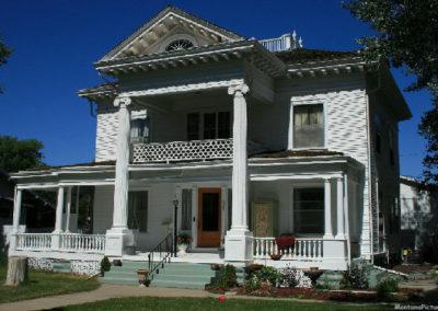 62607 glendive house columns 1620_MontanaPictures_Net