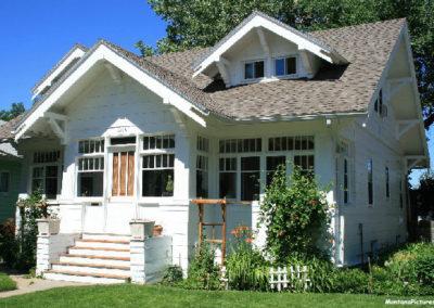 62607 glendive house white bungalo 1696_MontanaPictures_Net