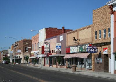 62607 glendive town bldg look south 1247_MontanaPictures_Net