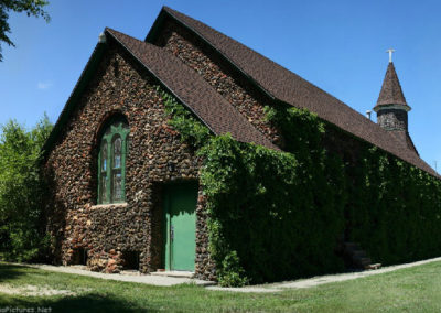 62707 wibaux stone church_MontanaPictures_Net