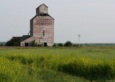 62711 richey 6950 grain elevator_MontanaPictures_Net