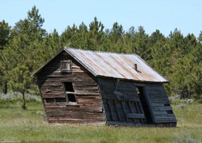 62819 war horse 5553 tilt cabin_MontanaPictures_Net